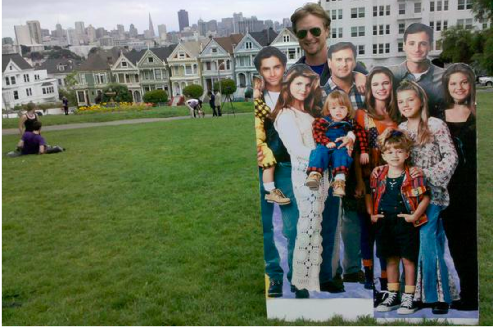 Entire Cast Of Full House Spotted At The Painted Ladies Uptown