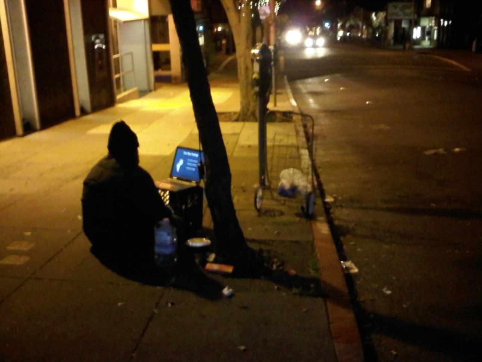 sf-homeless-man-laptop.jpg